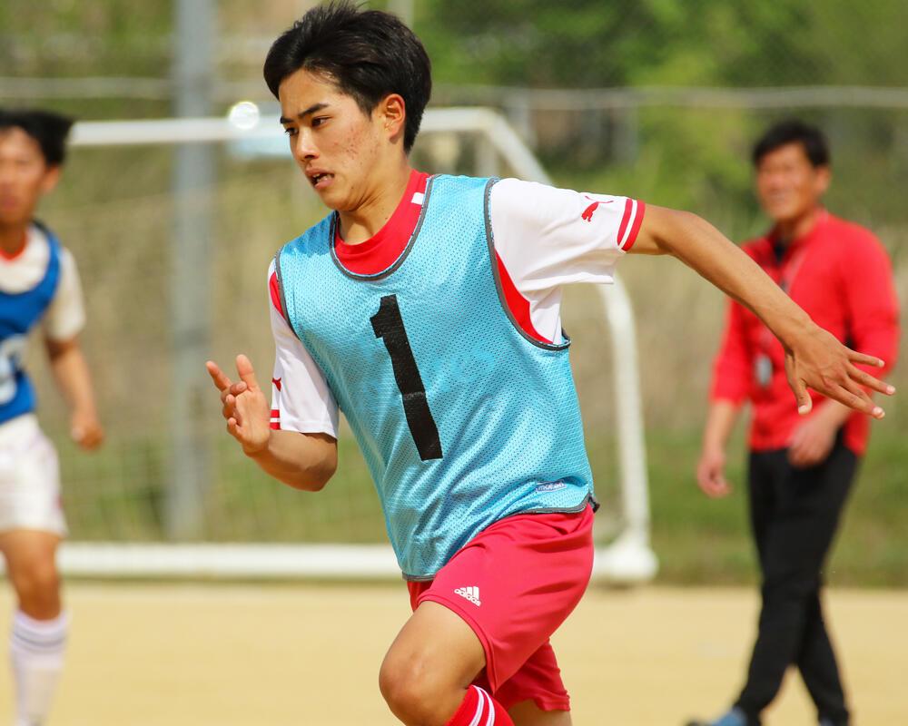 【2021年 始動!】和歌山の強豪・初芝橋本高校サッカー部のキャプテンはつらいよ!?「1年生の時に関西U-16リーグ・グロイエンで大量失点をしてきていたことから