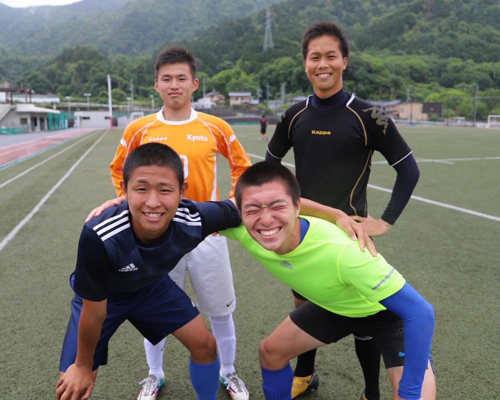 東山高校サッカー部あるある「対戦相手のマネージャーをチェックしてしまう」
