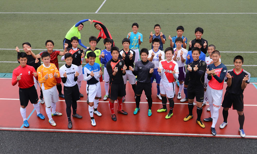 東山高校サッカー部の練習の様子を紹介!(22枚)