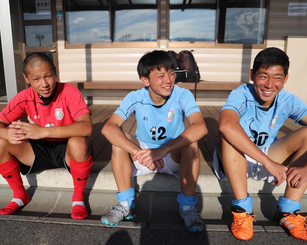 松本国際高校サッカー部あるある「売り場の前でコンタクトプレー!」