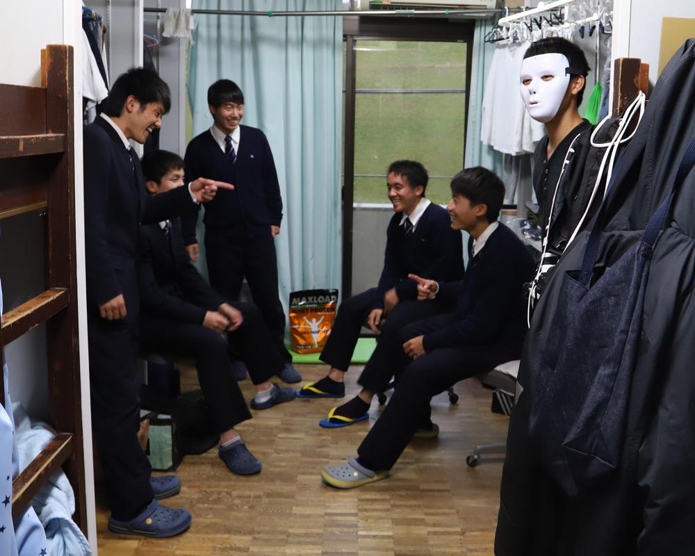 【2019シーズン始動!】目まぐるしい毎日を過ごす京都共栄サッカー部の寮生活!