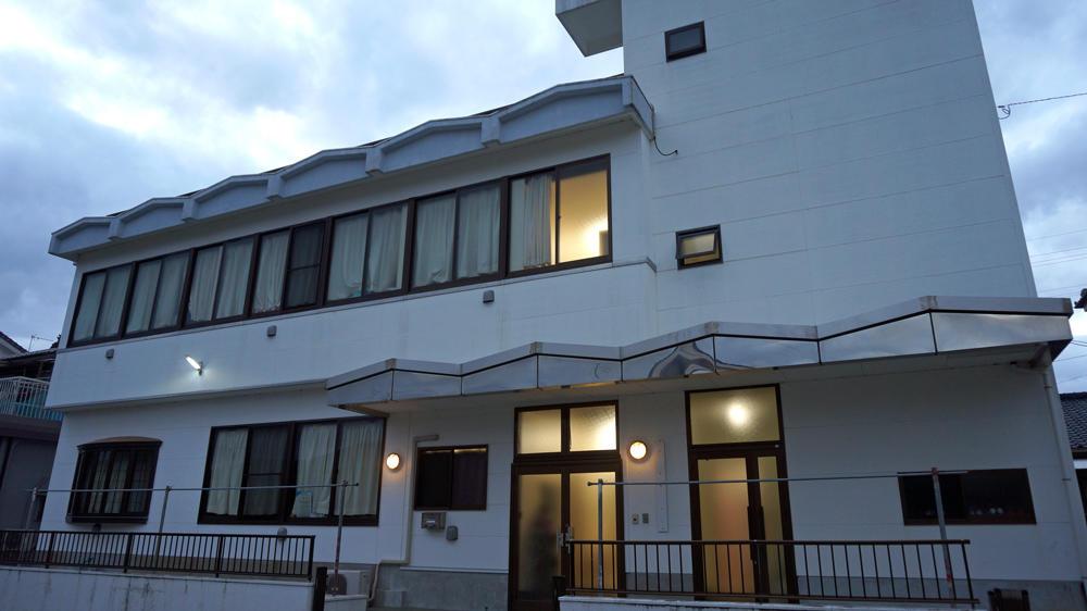 神村学園高校サッカー部の寮生の1日!「平日は朝練に長い時間を費やすために、学校の食堂で朝食」
