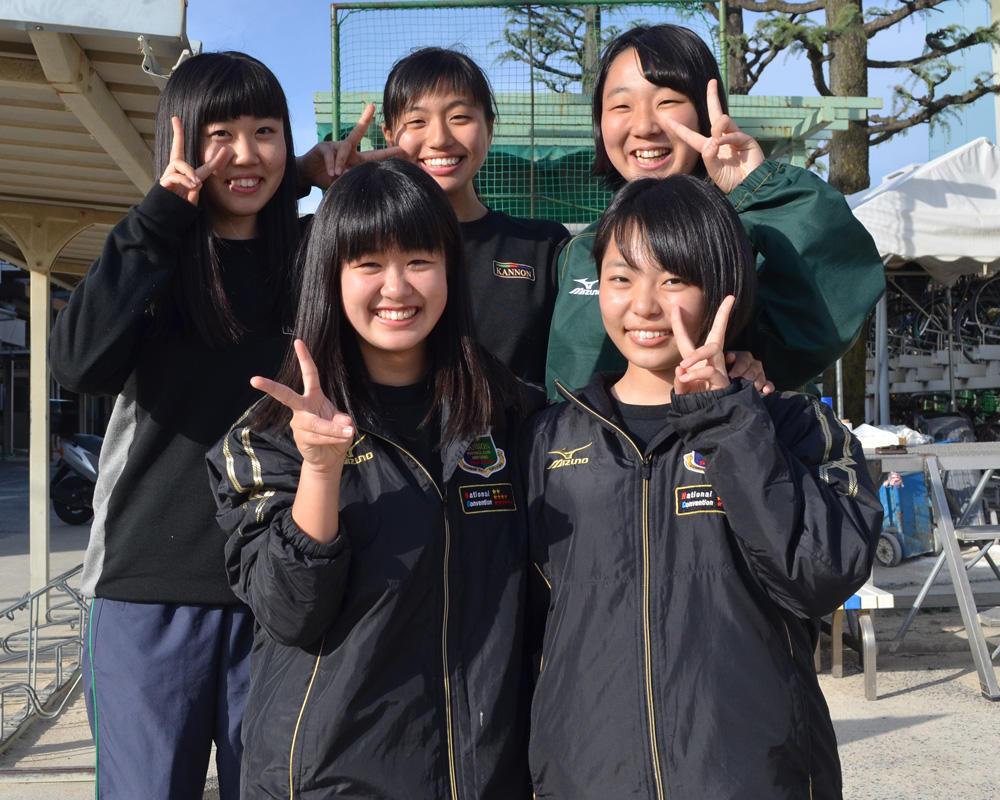 広島観音高校サッカー部の練習の様子を紹介!(23枚)