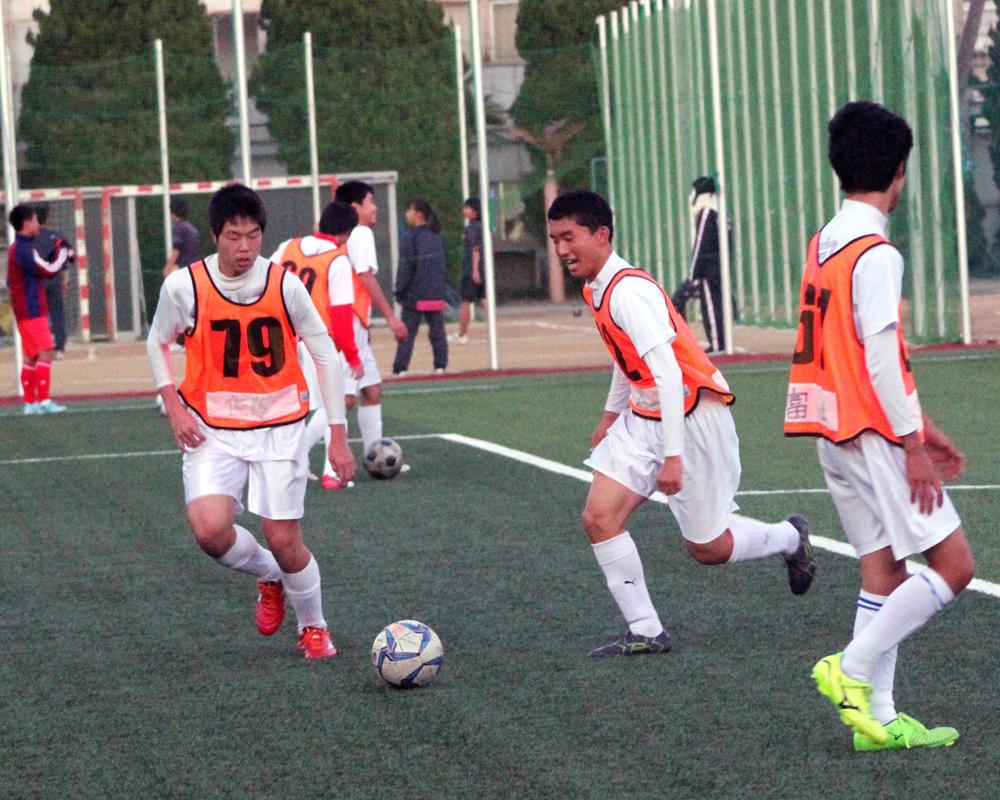 浦和南高校サッカー部の練習動画を4本掲載!