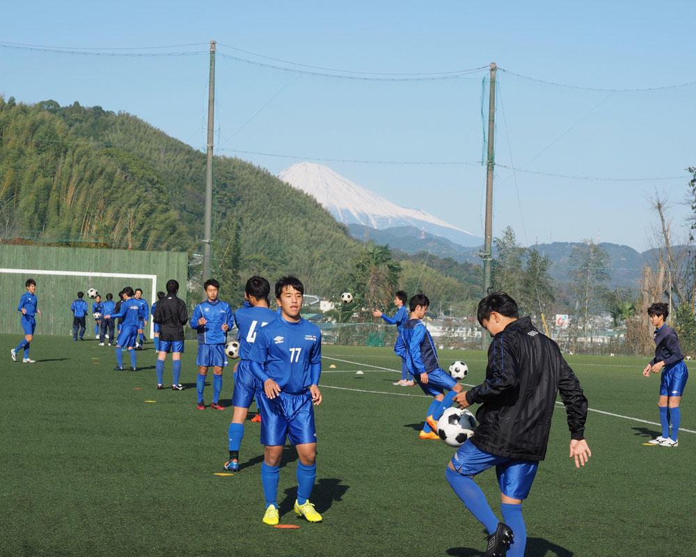 強豪校の練習風景はどんな感じ?静岡の強豪・常葉大学附属橘サッカー部の練習の様子!