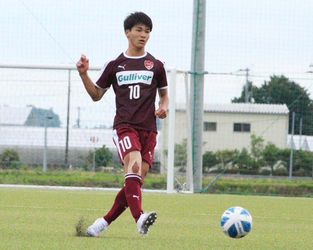 MF松尾春希(プレー写真).jpg