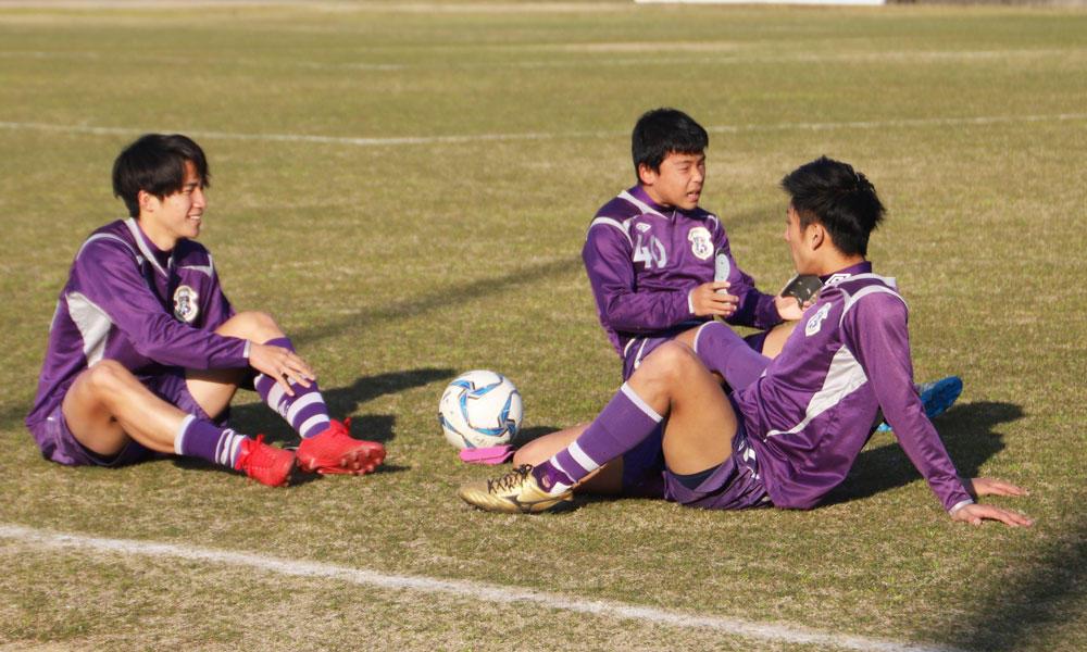 【2020シーズン始動!】強豪校の練習風景はどんな感じ?香川の強豪・大手前高松サッカー部の練習の様子!