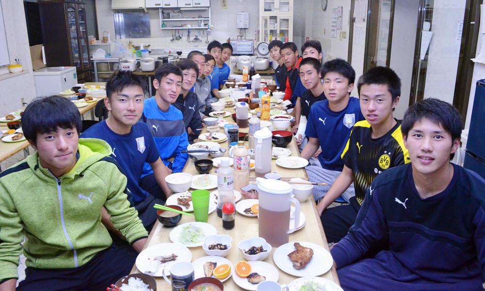 【選手権出場校】米子北高校サッカー部の寮生の一日!