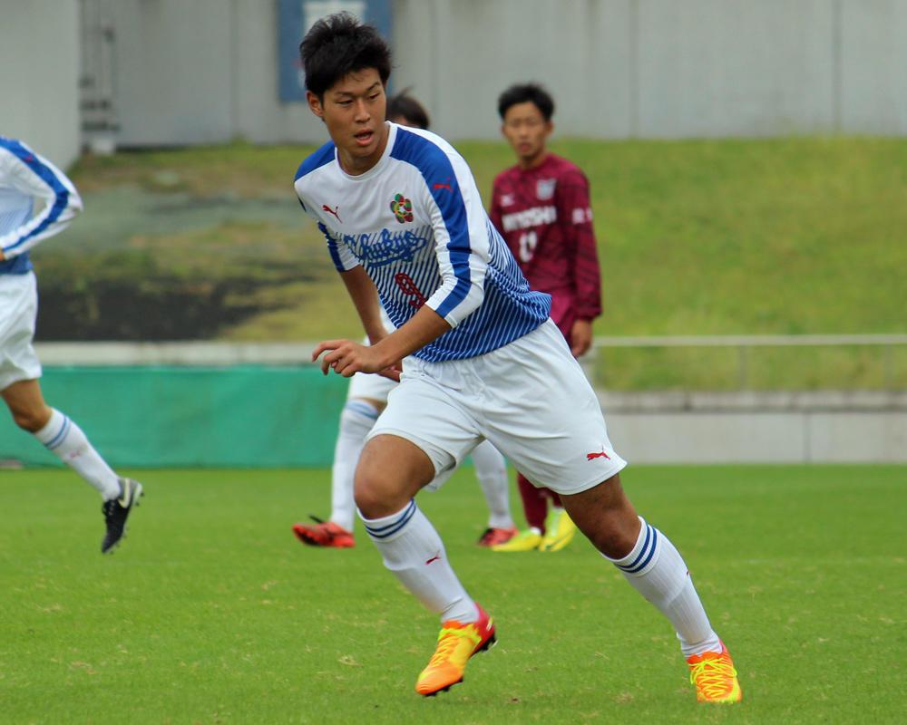 中京大中京高校サッカー部の鎌田蓮は、どんなスパイク履いてるの?