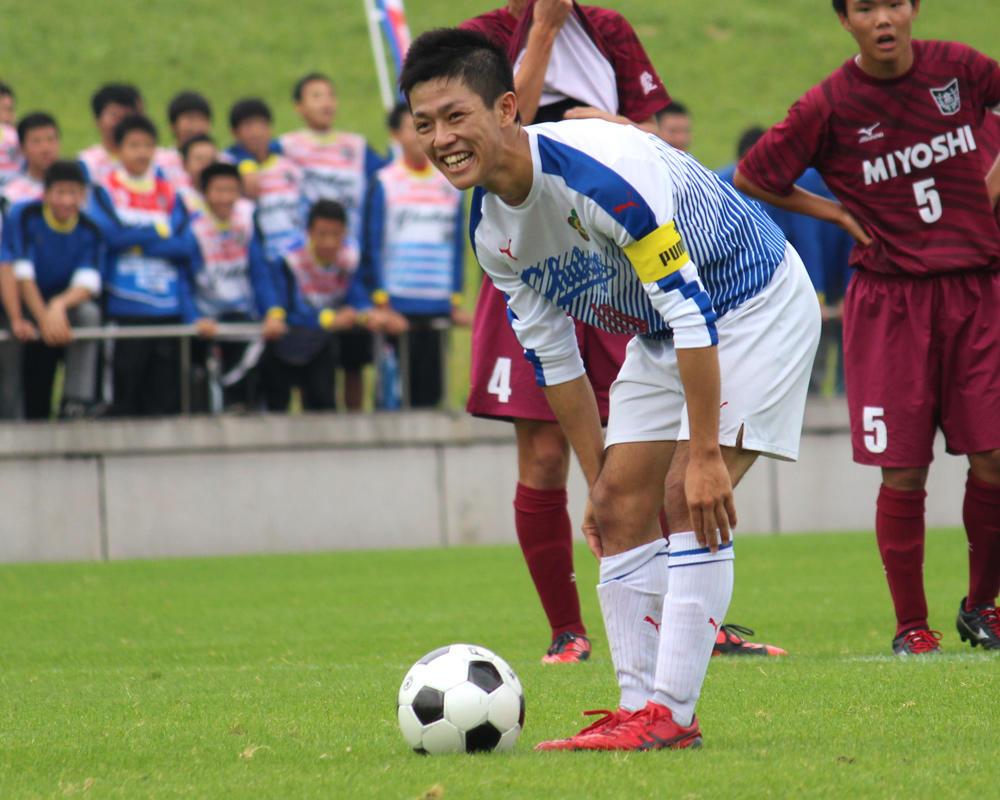 中京大中京高校サッカー部の本山遊大は、どんなスパイク履いてるの?