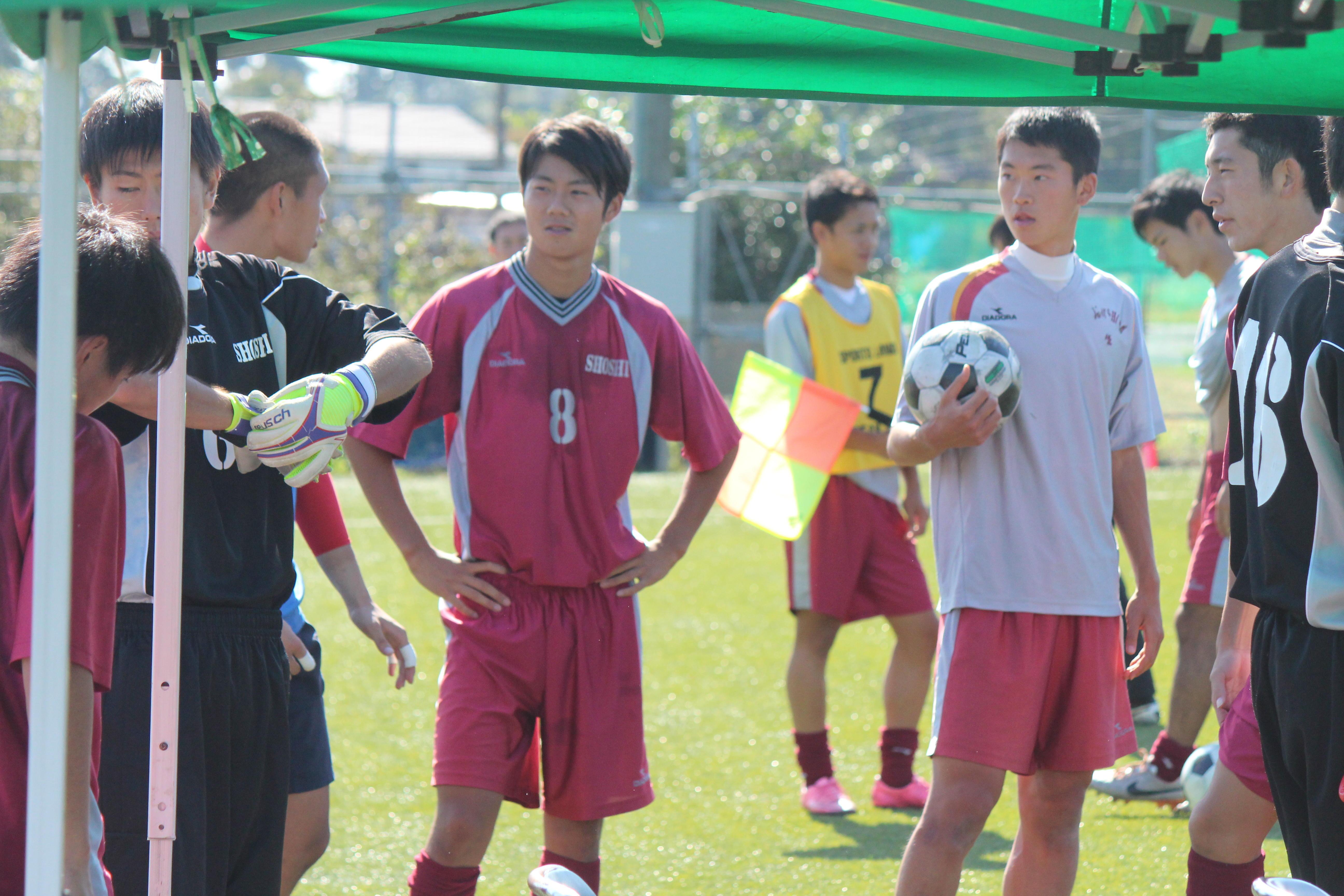 サッカー部のキャプテンはつらいよ!?尚志高校サッカー部編・ピッチの外と中からチームを引っ張る2人のキャプテン