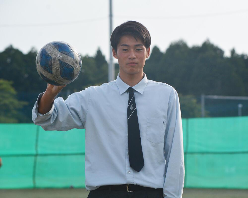 【2021年】何で茨城の強豪・明秀学園日立高校サッカー部を選んだの?「家にいる3年間と、寮で過ごした3年間では全く違う。本当にそこは変わったので、自分にとって親元を離れたのはプラスになったなと思います」