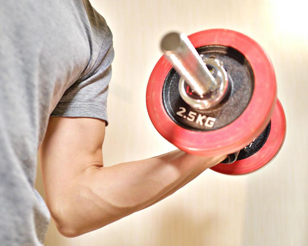 筋肉増量から体幹力UPまで!自宅で使えるトレーニンググッズおすすめ5選!