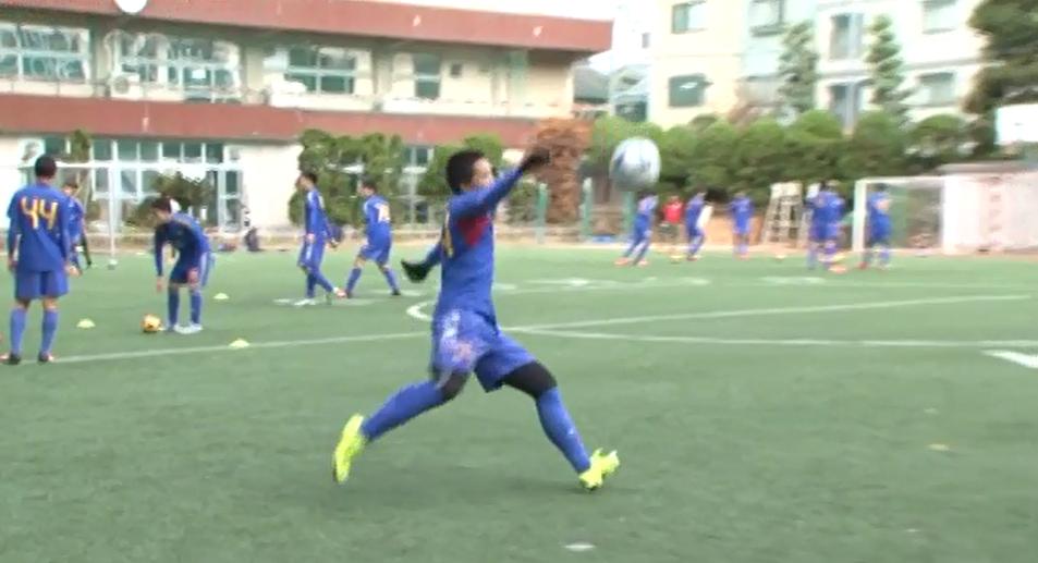 関西のバルサと異名をとる興國高校サッカー部の練習に潜入!対面ロングリフティングとは?