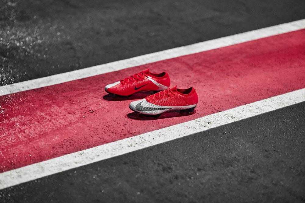 Nike_165_native_1600.jpg