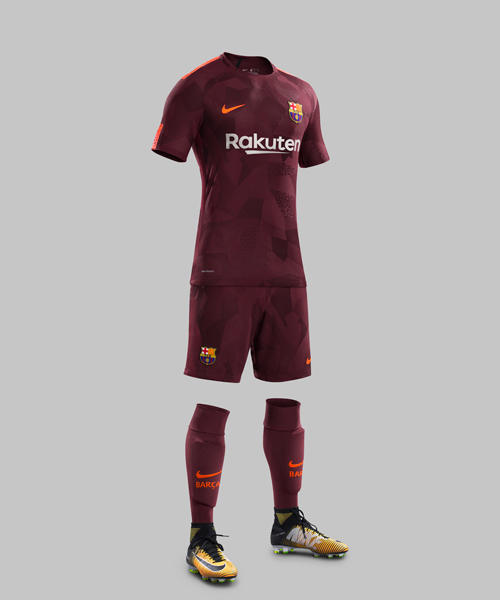 Fy17-18_Club_Kits_3rd_Full_Body_FCB_R_original.jpg
