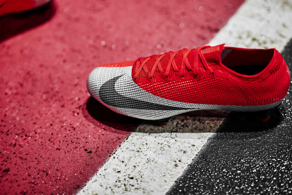 Nike_170_native_1600.jpg