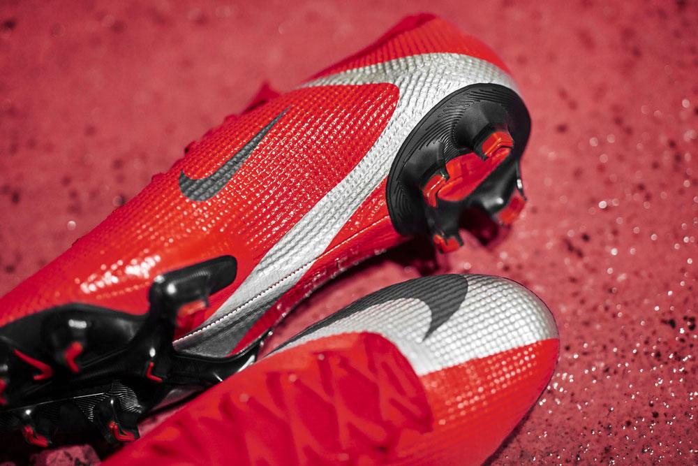 Nike_174_native_1600.jpg