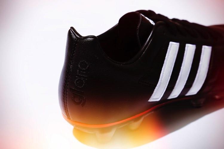adidas_sc003_2.jpg
